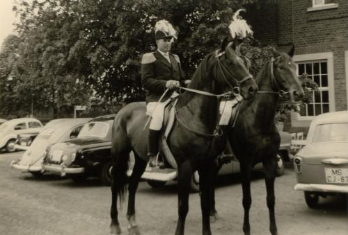 1959 Oberst Alois Averbeck (Pferd Frigette) + Adjutant Alois Holling (Pferd Flora)