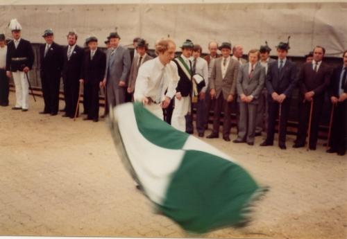 König Bernhard Howe
