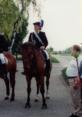 1999 (2)